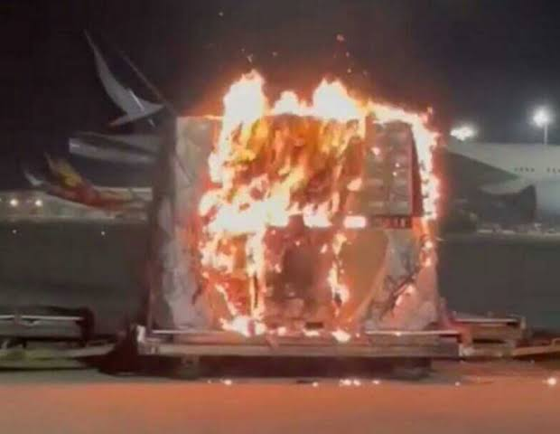 VIVO手机在香港机场爆炸着火?印尼鹰航停运后VIVO发声