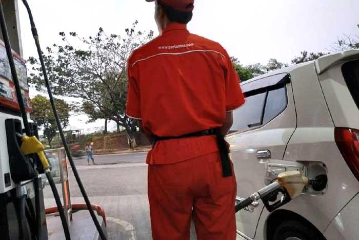 注意!若是经常等待油箱空才加油的危险不要等待油箱完全排空