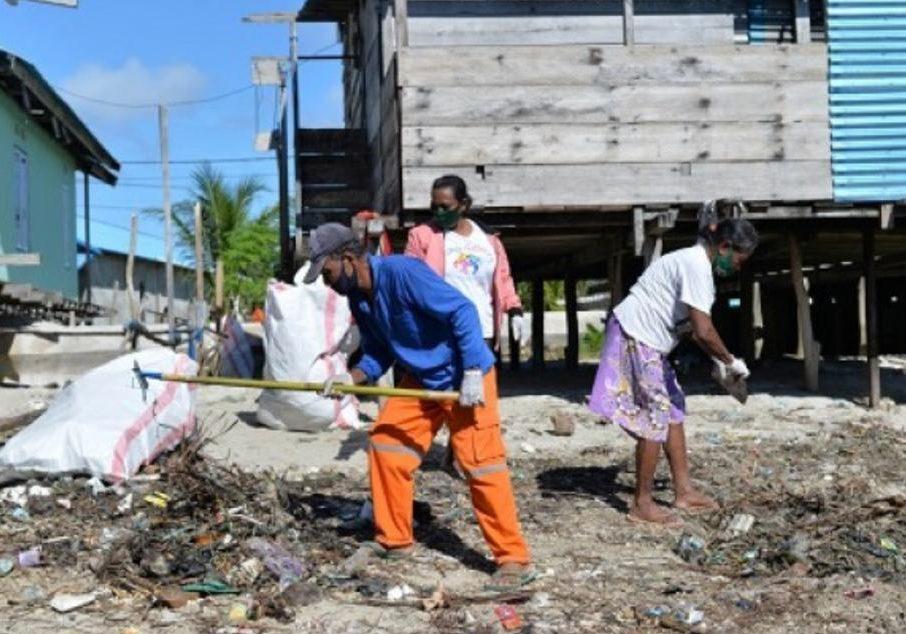 印尼渔业部在这里收集「海洋垃圾」, 数量惊人!