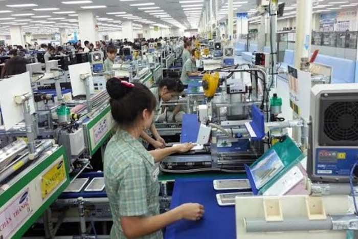 工业部给电子产业的生产加劲