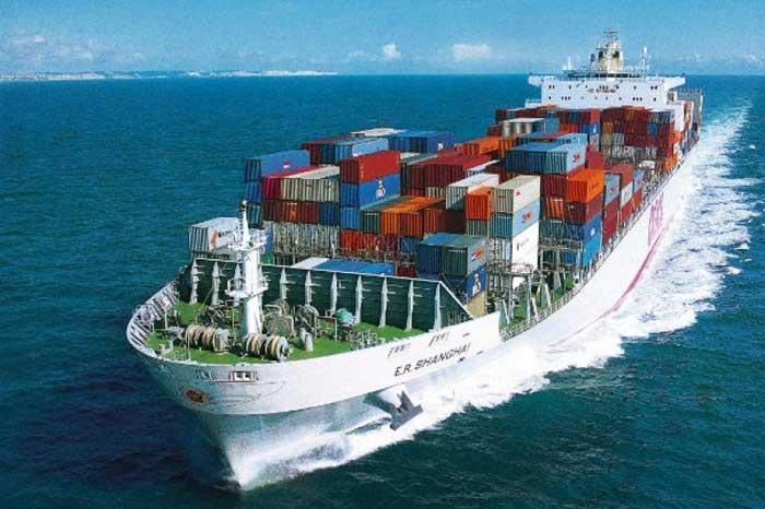在新冠肺炎笼罩下,我国加工业的出口达 667 亿美元