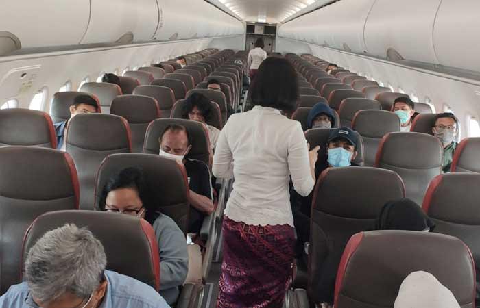 以下是第1-4级社区活动限制期间乘坐航空运输的最新要求